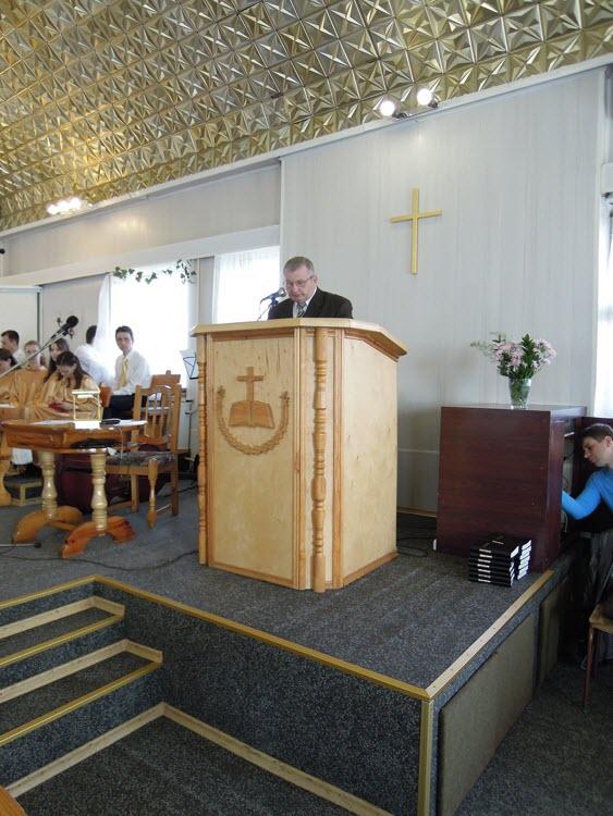 Празднование 110-летия днепропетровской центральной церкви ехб